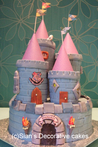 Hogwarts castle birthday cake